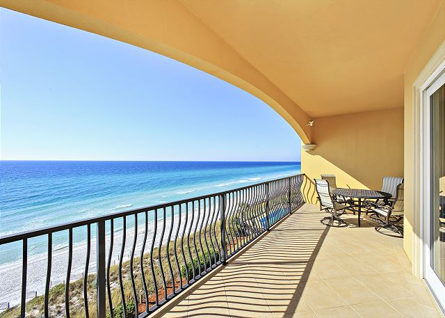 Adagio Gulfside Room